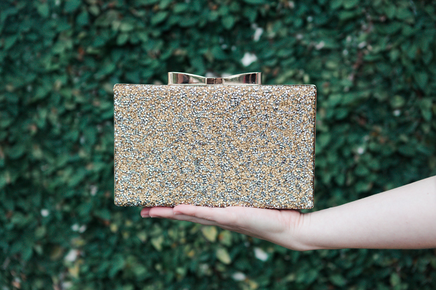 charming charlie, clutch