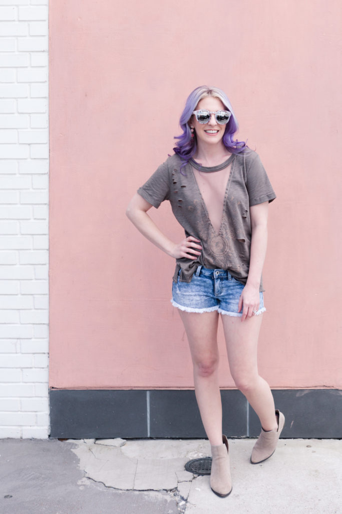 Houston Blogger, Style Blog, Houston Photographer, Vici Collection, Distressed Tee, Pravana, Charming Charlie, Botties, Denim Shorts, Band Tee, Fashion Blogger, Gracefully Sassy