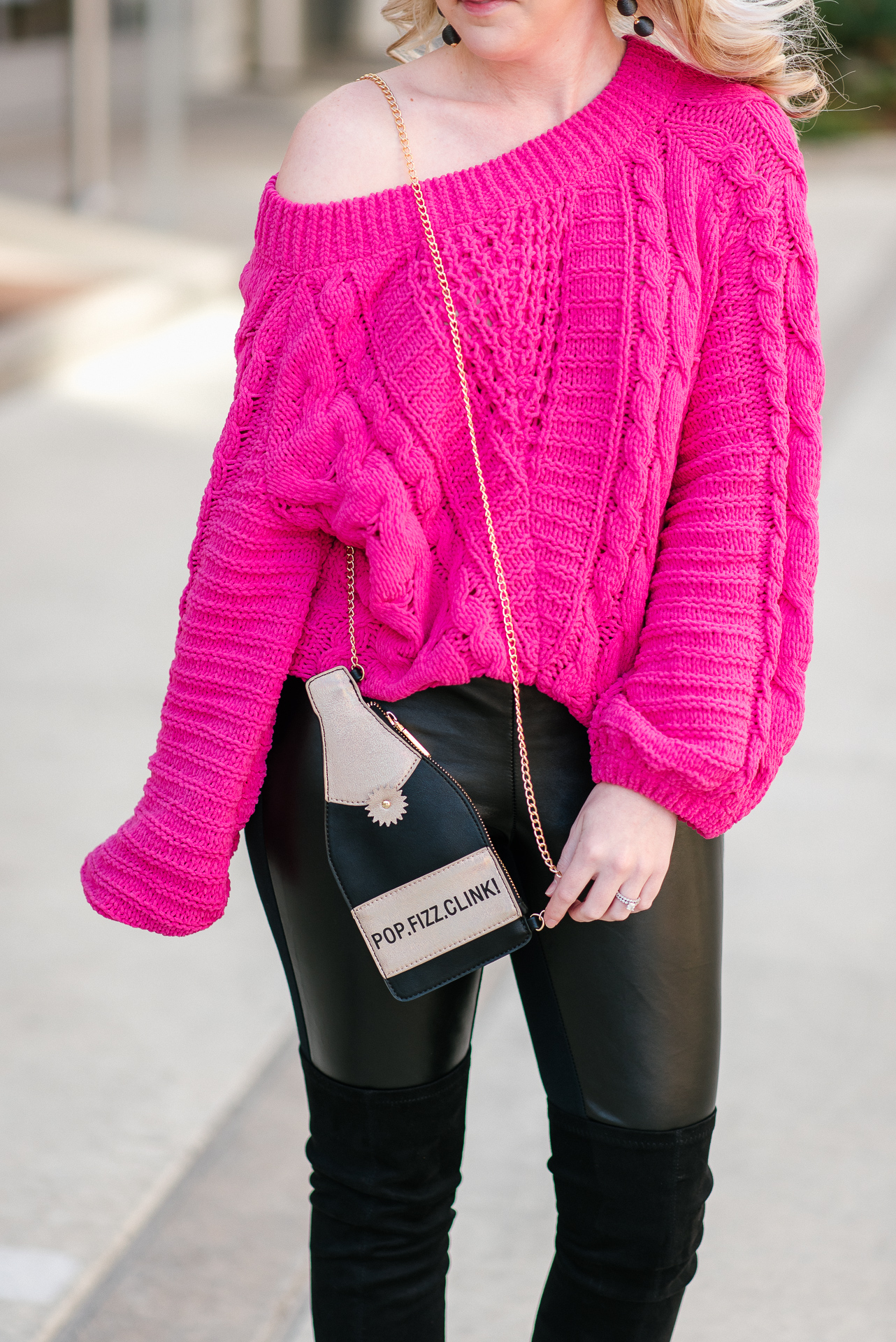 champagne crossbody purse, oversized chenille sweater, houston blogger